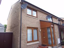 2 bedroom house for rent private parking space 895 in trinity 2 bedroom house for rent private parking space 895