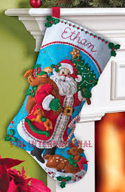traditional santa 18 bucilla felt kit 86409