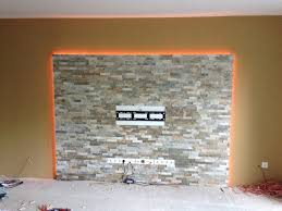steinwand im wohnzimmer bilder haus renovierung mit modernem innenarchitektur geräumiges