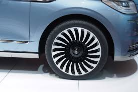 lincoln navigator rims 2018 lincoln navigator concept an outrageous suv with supercar