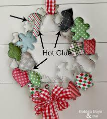 christmas cookie cutter wreath wreath tutorial scrapbook paper