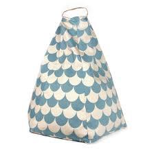 pouf marrakech ecailles bleu nobodinoz pour chambre enfant les
