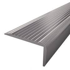 revetement pour escalier exterieur dalle et nez de marche antidérapant antidérapant escalier bois