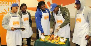 turkey time giants players give back for thanksgiving