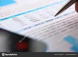 bureau des statistiques documents statistiques financières sur plateforme de presse papiers