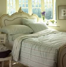bedroom will brighten up and adds the perfect touch your bedroom