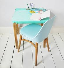 Small Child Desk Small Child S Desk Beautiful Of Child School Desk Used And Chair