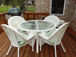 Resin Stacking Chairs Outdoor 3 Ways To Treat Resin Wicker Furniture Tomichbros Com