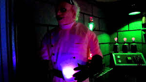 halloween lab frankenstein laboratory halloween 2011 our garage display youtube