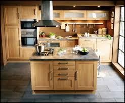cuisine avec ilo ilot central cuisine conforama idées décoration intérieure
