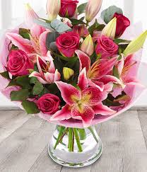flower delivery uk and pink roses pink send flower bouquets
