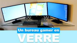 bureau gaming réaliser un bureau gamer en verre pas cher