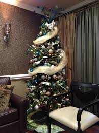 banister family dental decorated tree at our rock hill dental office http