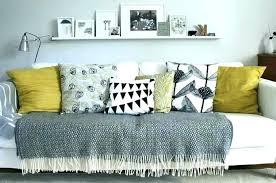 grands coussins pour canapé grand coussin pour canape canapee en palette noir coussin colorac