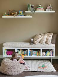 rangement livre chambre le banc de rangement un meuble fonctionnel qui personnalise le