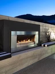 Fake Outdoor Fireplace - best 25 outdoor gas fireplace ideas on pinterest screened in