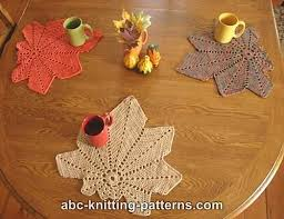 Crochet Table Runner Pattern Crochet Patterns Galore Chestnut Leaf Table Runner And Placemats