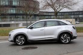 hydrogen fuel cell car toyota toyota mirai hydrogen fuel ev embraces nascar pace car duties