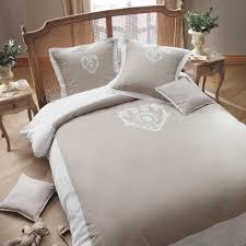 chambre romantique maison du monde 7 idées déco pour une chambre romantique parler d amour
