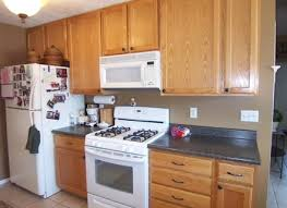 kitchen wall colors with light wood cabinets ellajanegoeppinger com