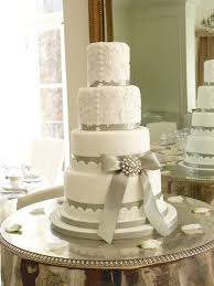 wedding cake ribbon wedding cake with silver ribbon