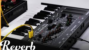 roland sh 01a bass line synthesizer reverb demo video youtube