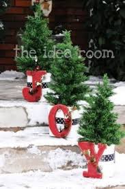 Outdoor Christmas Decorations Displays by 179 Best Outdoor Christmas Decorations Images On Pinterest