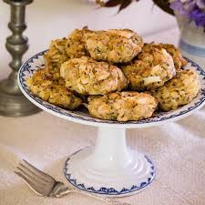 healthy thanksgiving stuffing healthy stuffing recipes eatingwell