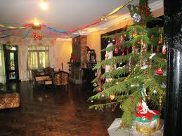 pictures of homes decorated for christmas does india celebrate christmas lizardmedia co