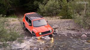 trailhawk jeep logo 2015 jeep renegade trailhawk offroad u0026 aerial shots youtube