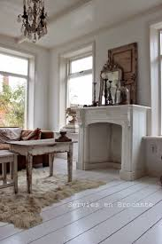 Shabby Chic Fireplace Mantels by 68 Best Faux Fireplaces And Mantles Images On Pinterest