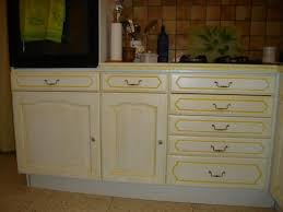 meuble cuisine jaune ophrey com meuble cuisine jaune orange prélèvement d