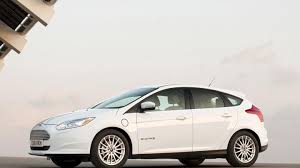ford focus carbuyer ford focus electric hatchback review carbuyer