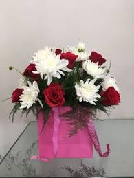best online flower delivery if you are looking a best online florist in pune blooms only is