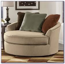 Round Swivel Chair Living Room Chairs  Home Decorating Ideas - Swivel chair living room