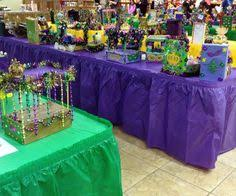 mardi gras floats for sale mardi gras shoebox float made by chell from scrapbook