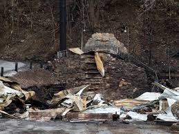 Wildfire Wedding Photos by Cupid U0027s Chapel Of Love Lost To Fire That Ravaged Gatlinburg