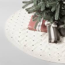 quilted x pattern tree skirt hearth with