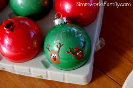 how to make a thumbprint reindeer ornament a crafty spoonful