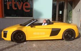 Audi R8 Yellow 2016 - spied 2017 audi r8 spyder caught in the buff motor trend