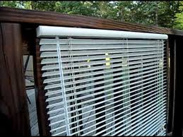 Clean Mini Blinds Easy Way The Redneck Way To Clean Vinyl Blinds So Amazing Even Billy