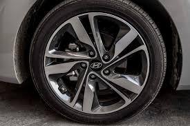 hyundai accent 2001 tire size 2014 hyundai elantra reviews and rating motor trend