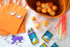 lots of halloween costume parties and fall activities throughout 14 things to do in san diego with kids for halloween in 2017 la