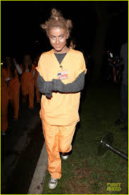 Oitnb Halloween Costumes Julianne Hough Crazy Eyes U0027orange Black U0027 Halloween
