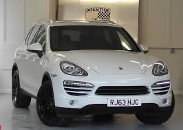 porsche 4x4 cayenne used arctic white with black leather porsche cayenne for sale surrey