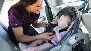 comment attacher siège auto bébé le siège d auto