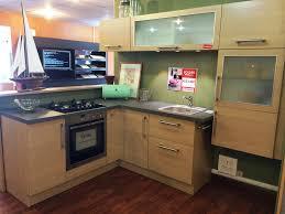 prix cuisine cuisinella plan de travail cuisine cuisinella faades en panneau de