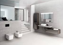 bad 2015 in hellgrauer holzoptik bad design 2015 9 bad decorating habits to once for all