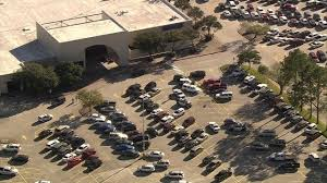 one one stabbed at willowbrook mall on black