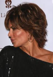 what is the texture of rinnas hair side view with shoulder length haircut for women from lisa rinna